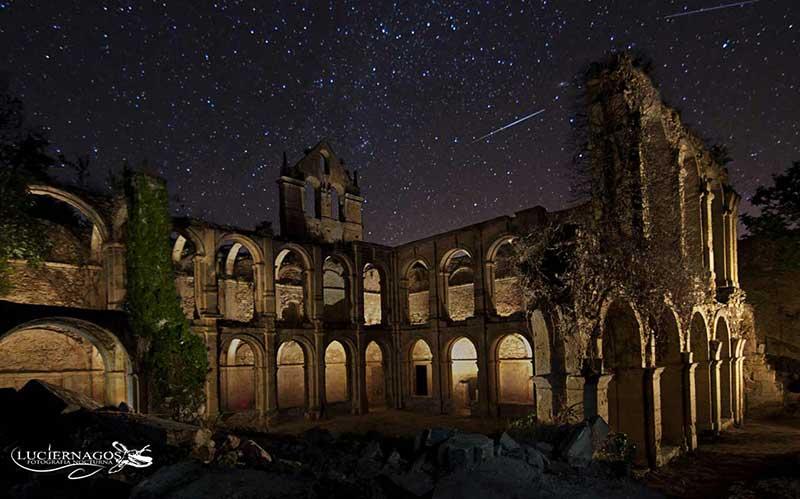 El monasterio cisterciense abandonado de Santa María de Rioseco
