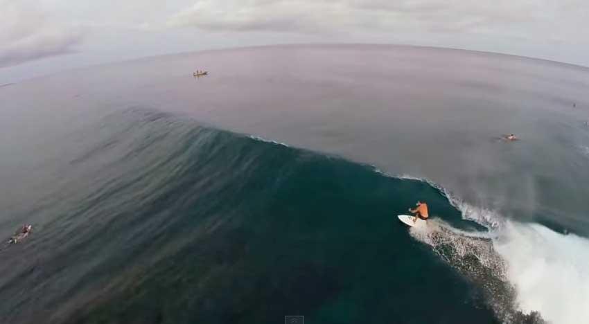Mentawai, surf desde las nubes