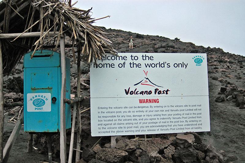 unusualtravels_monte_Yasur_Vanuatu_2