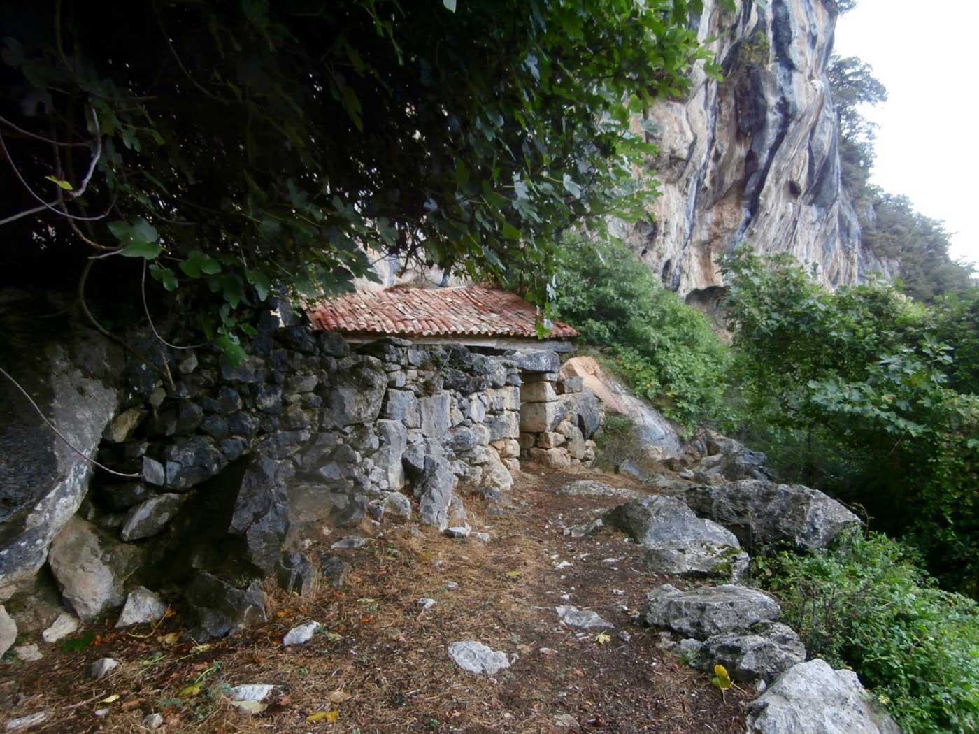 San Juan, la coqueta ermita de Socueva